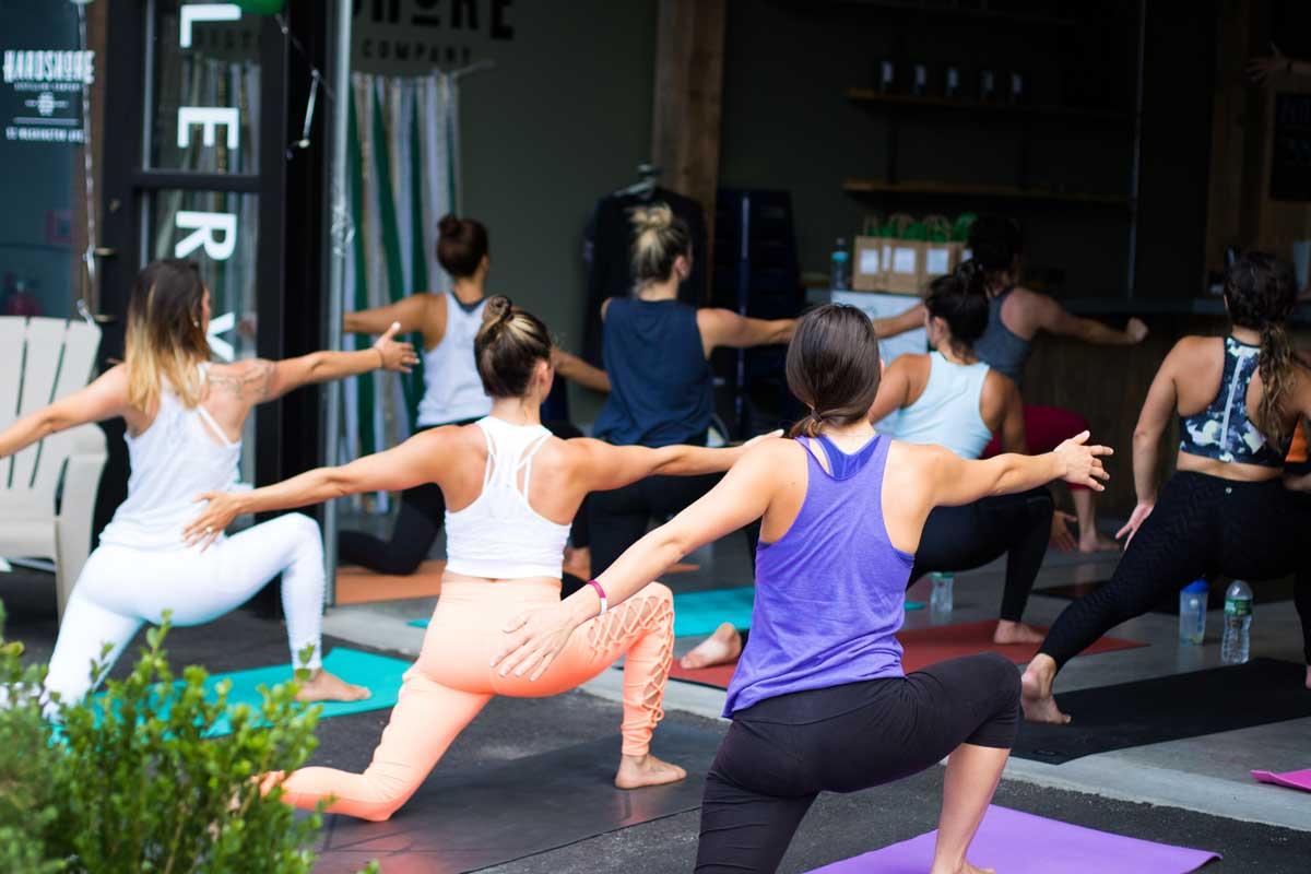 Vinyasa yoga: ¿Qué es y cuáles son sus ventajas?